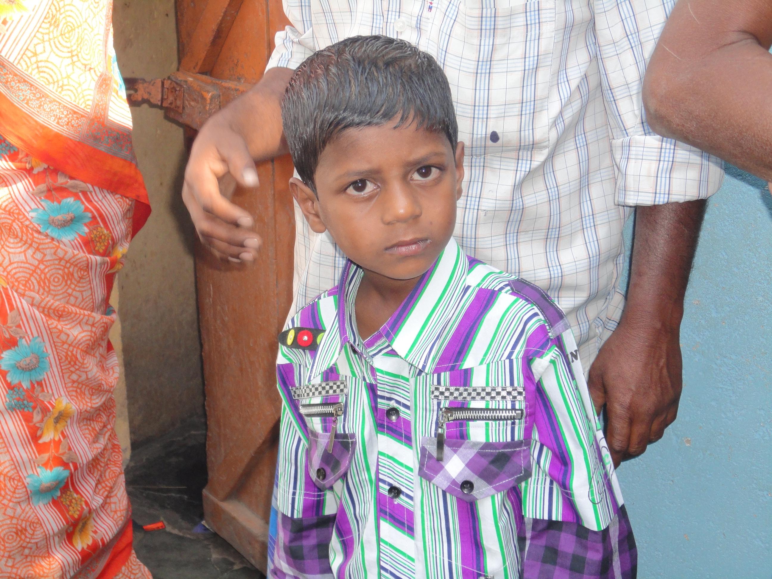 Niño apadrinado en India. Fundación Vicente Ferrer