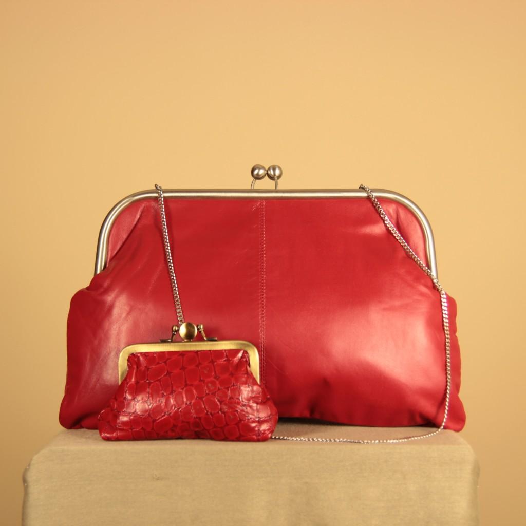 Bolso de piel vintage rojo