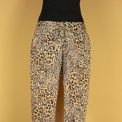Pantalon_mujer_Ali_animal_print_m6_1a